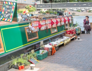 The Herb Boat (and spices)